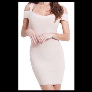❤️GUESS- Nude Cut-Out Shoulder Bandage Dress!